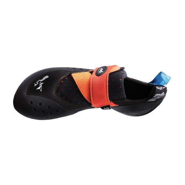 Split right shoe top